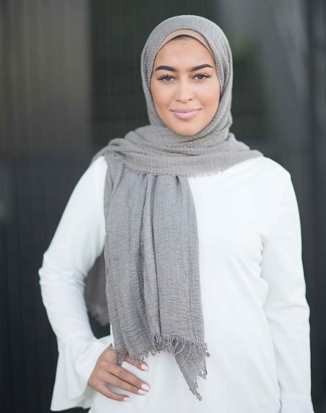 Daily Hijab Grey
