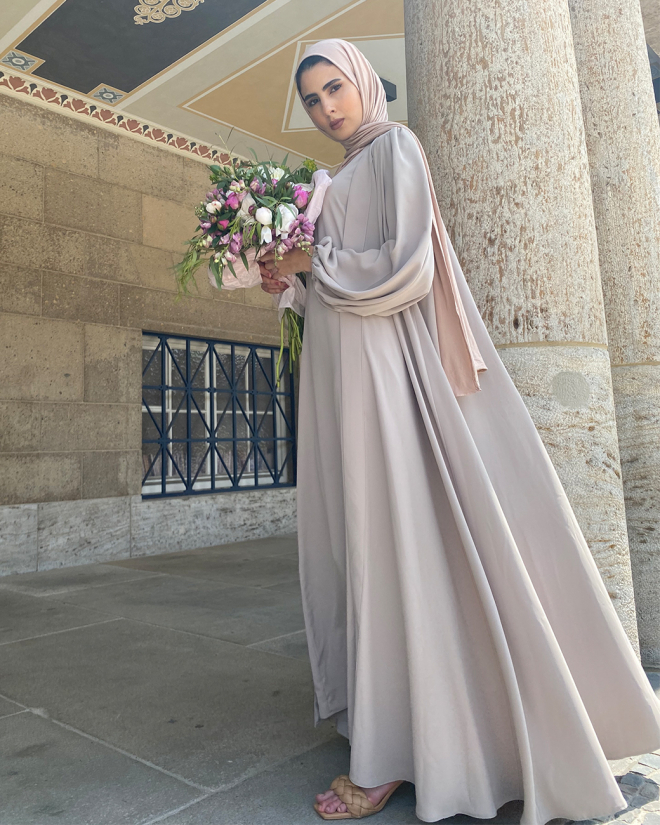 Lady Abaya in Taupe eid collection