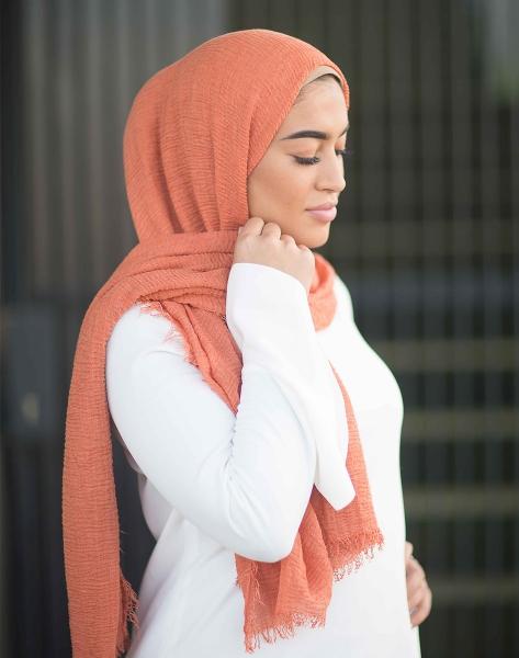Daily Hijab Orange